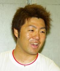 山田 義彦